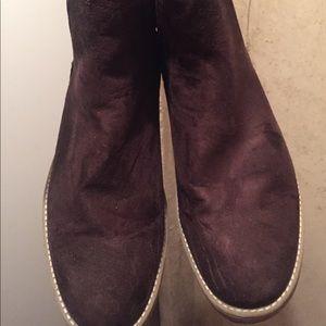 Men's brown suede H&M Chelsea boots